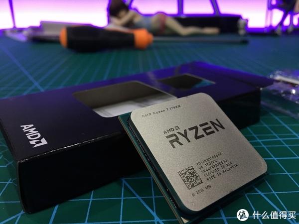 灯大灯亮灯会闪!Ryzen 锐龙 1700X+1080Ti搭配国产 战争磨坊 分体水冷 RGB光污染 上机评测